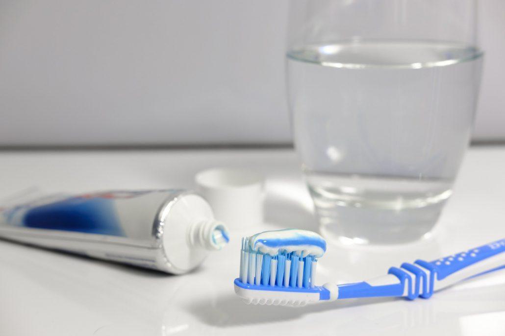 cepillo de dientes en covid-19